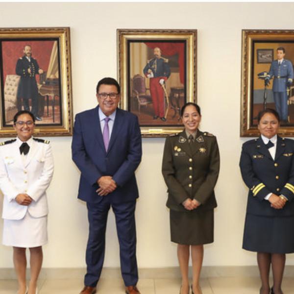 SAMU formará en España a tres médicas militares de Perú