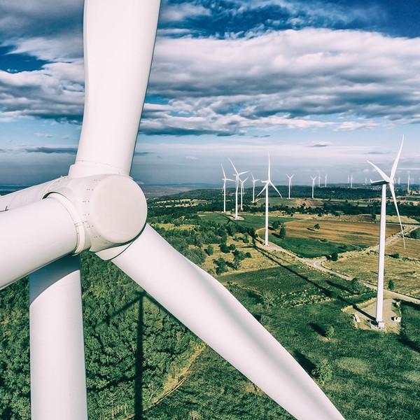 Grenergy conecta dos parques eólicos en Perú