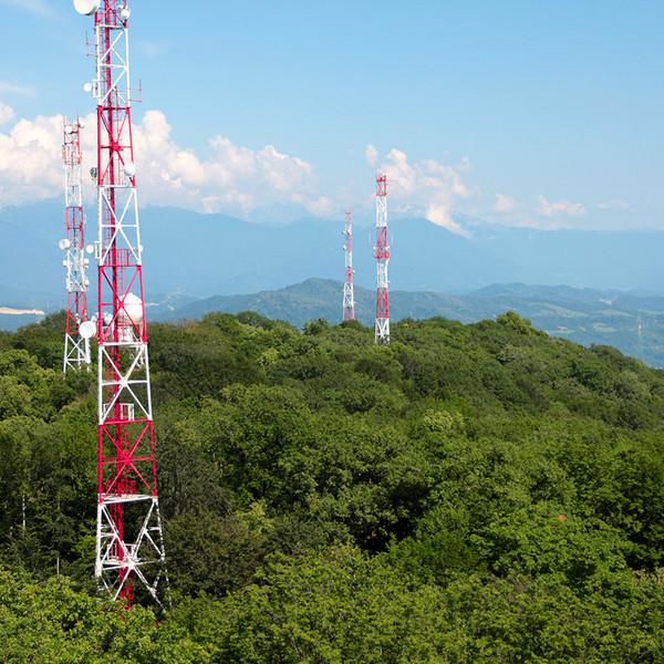 Telefónica vende las torres de Telxius Telecom